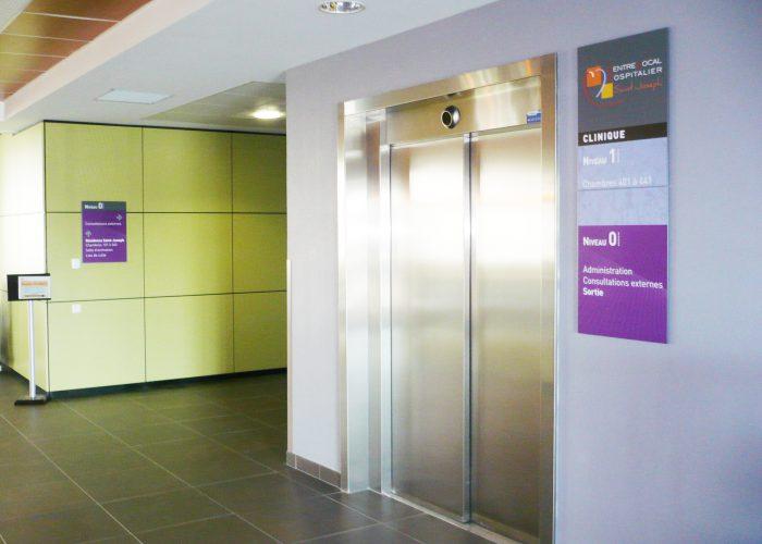4-panneau-ascenseur
