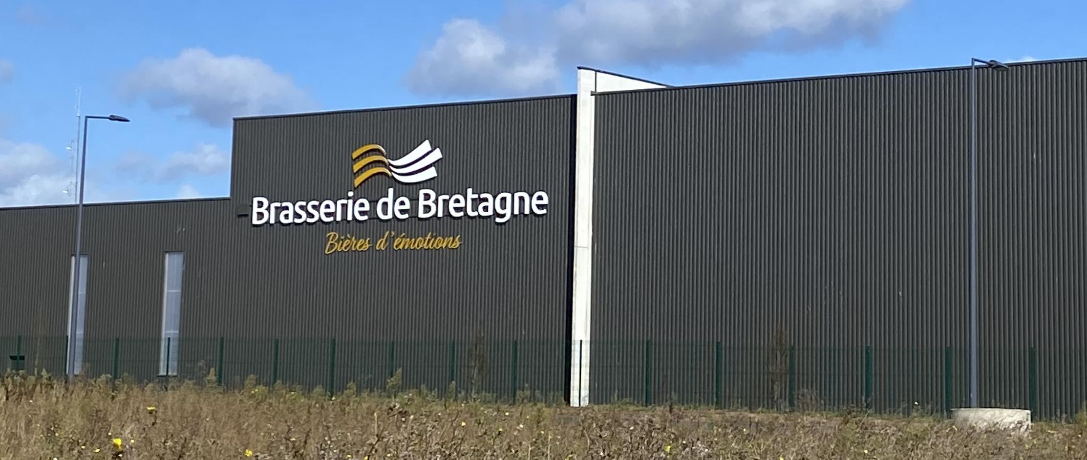 Enseigne-Brasserie-de-Bretagne-1