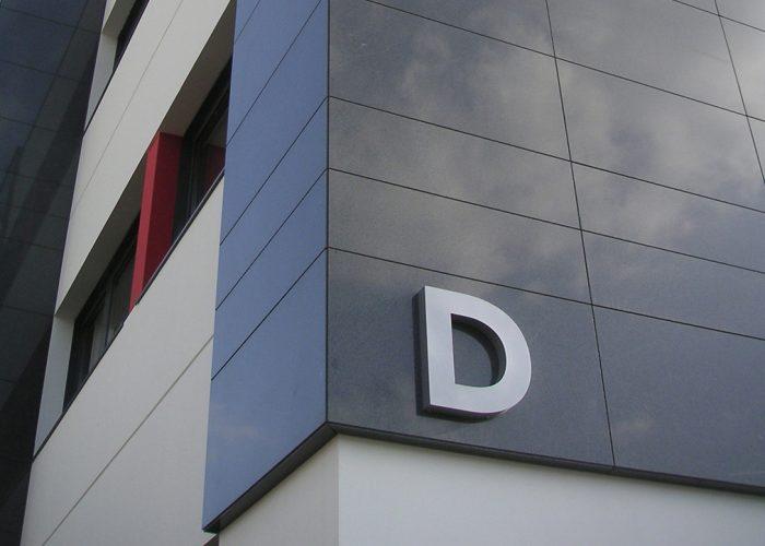 Identification pour la signalétique du centre d'affaires