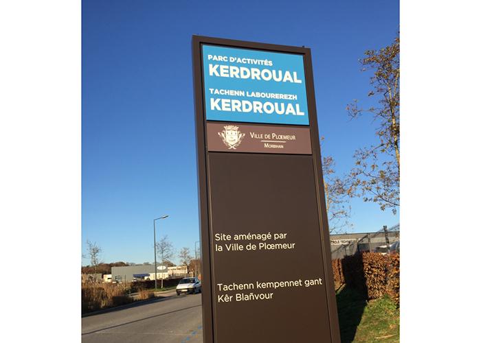 Totem Kerdroual - Signalétique Parcs d'Activités de Plœmeur