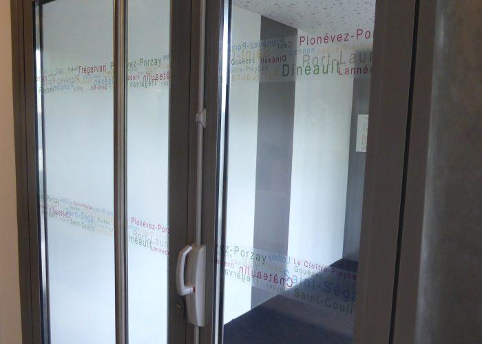 Marquage sur vitres enseigne communauté de communes