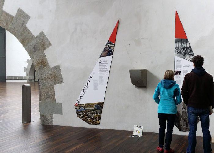 Panneaux muraux Brest muséographie parcours Penfeld Capucins